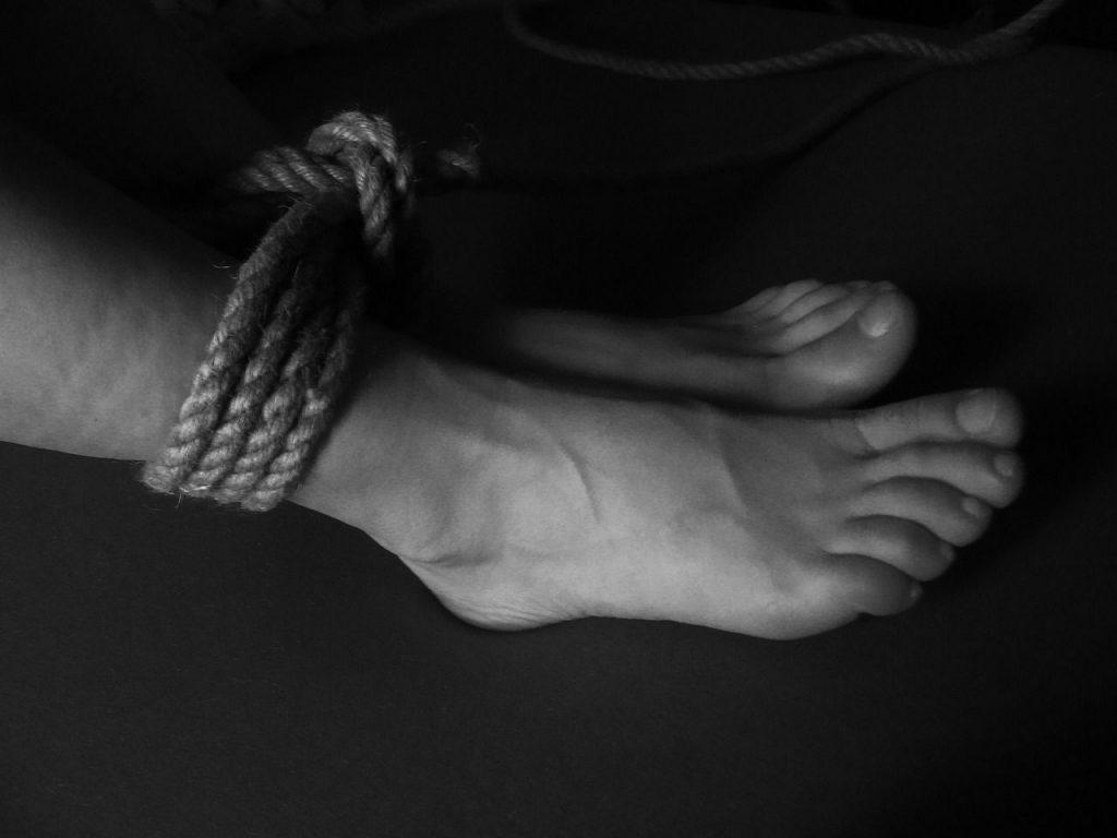 kötözős lábfétis