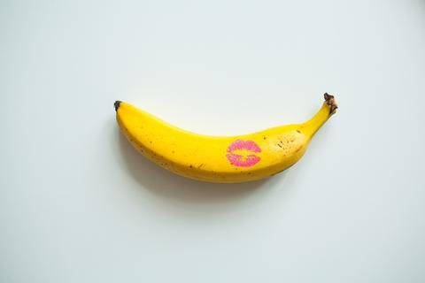 Elégedett puszi a péniszre